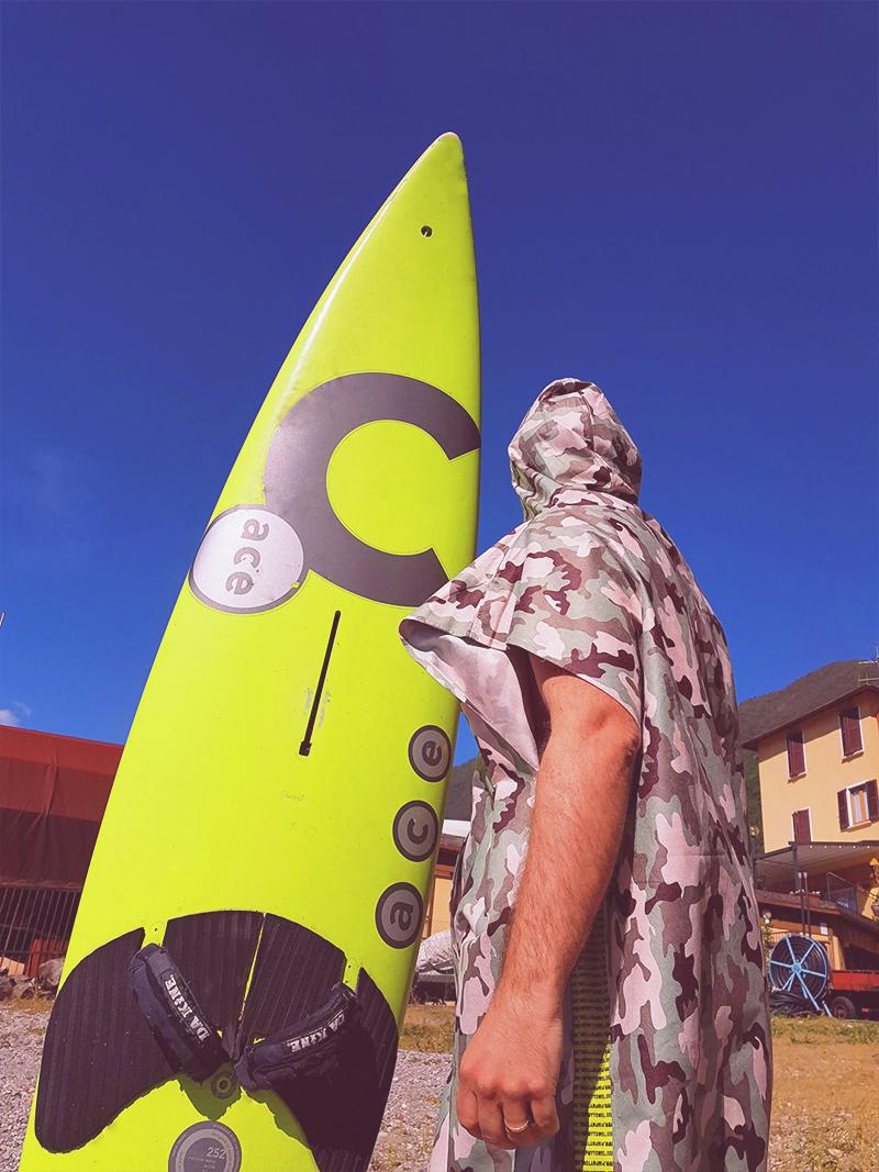 Poncho for surf, kyte, swimming pool, windsurf in microfiber 100% made in Italy